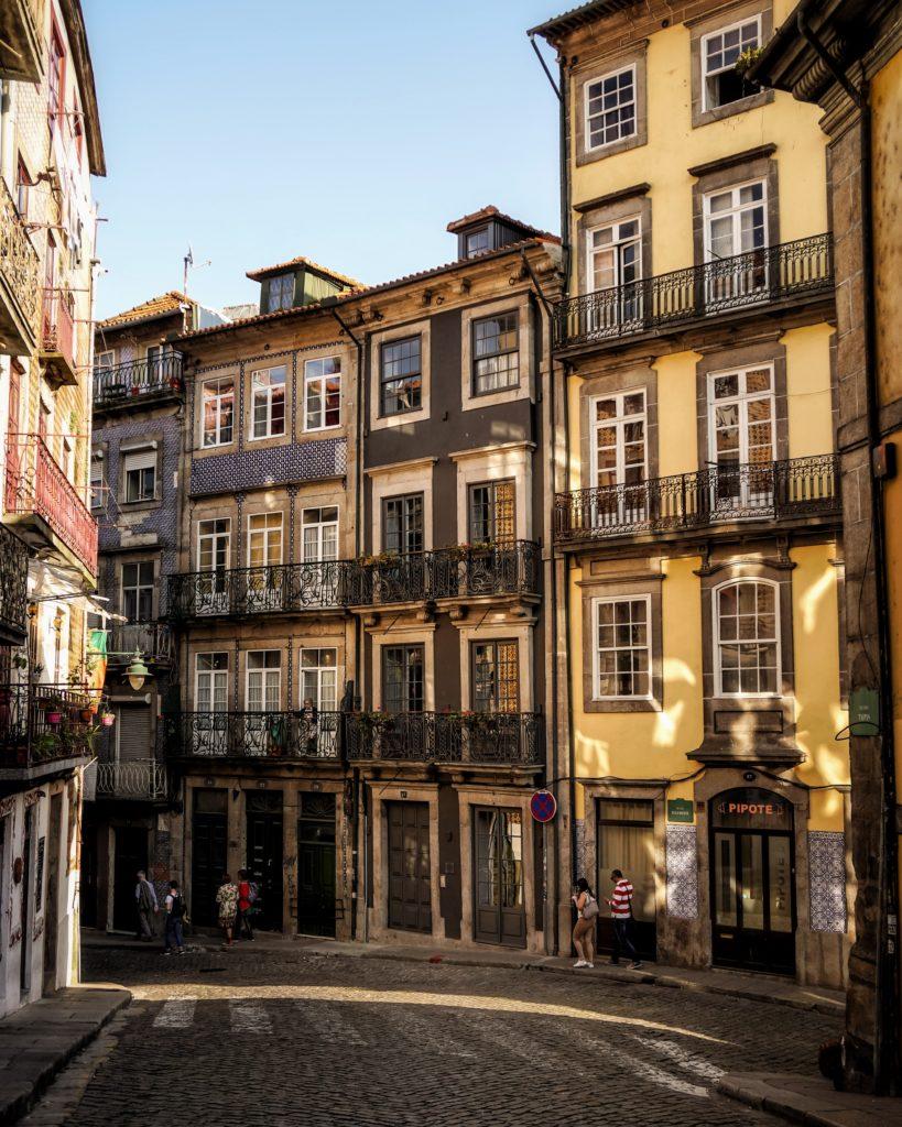 Rua das Taipas in Porto