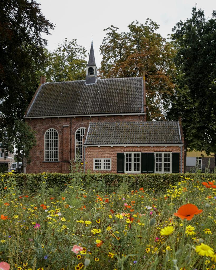Tipps für ein perfektes Wochenende in Brabant, Zundert Van Gogh Kirche