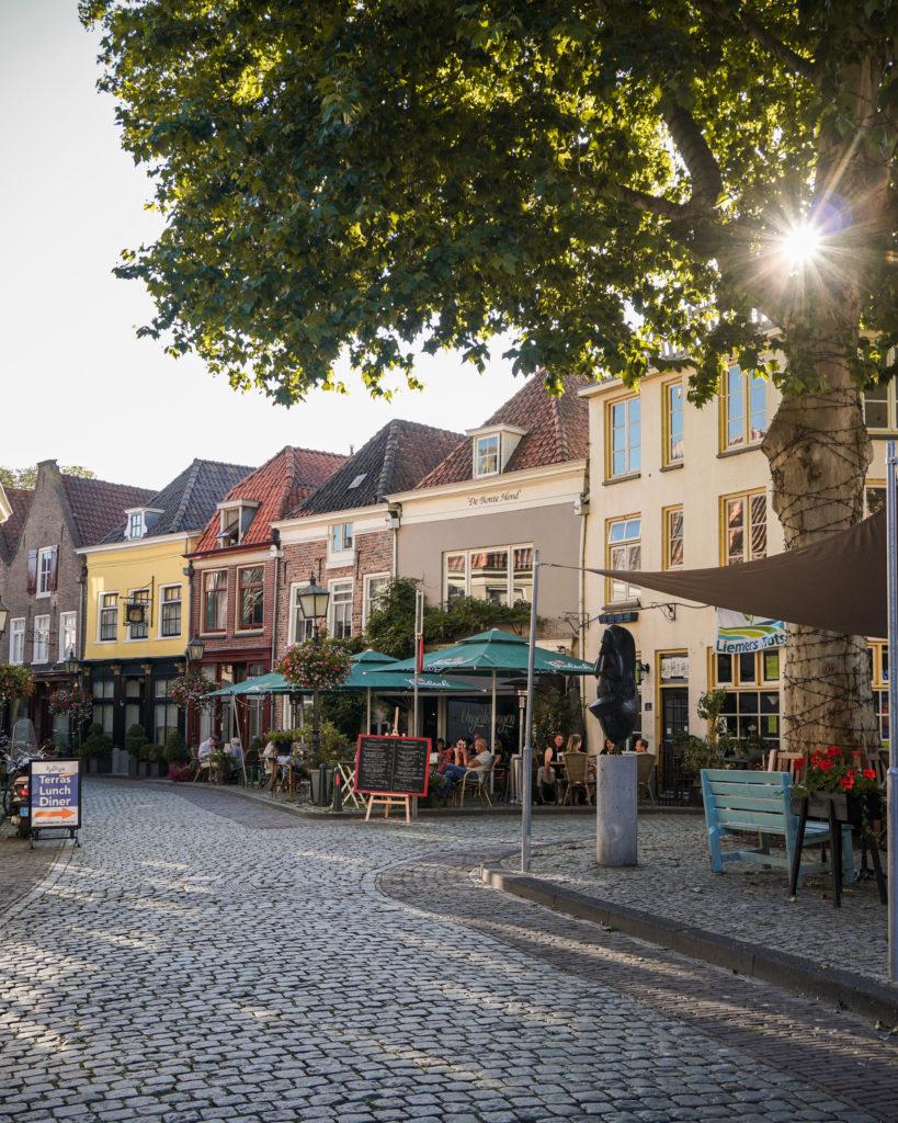 Hollandurlaub: Geheimtipp die Hansestädte der Niederlande, Roggestraat